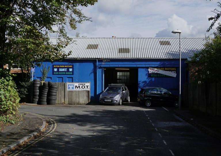 elton-garage